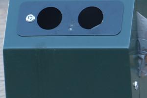 obturateur avec ouvertures rondes - convient également pour la poubelle Capitole